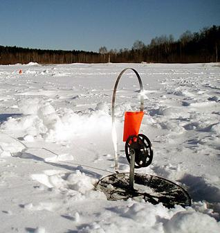 Ловля на зимнюю жерлицу